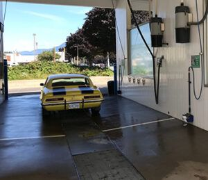 car wash with a car